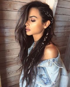 Are you ready for another Coachella festival season? If you struggling with what to wear at Coachella 2019 here are 45 tips and tricks for the best festival look Braided Hairstyles, Cool Hairstyles, Bohemian Hairstyles, Party Hairstyles, Beautiful Hairstyles, Easy Hairstyle, Hairstyles 2016, Wedding Hairstyles, Everyday Hairstyles
