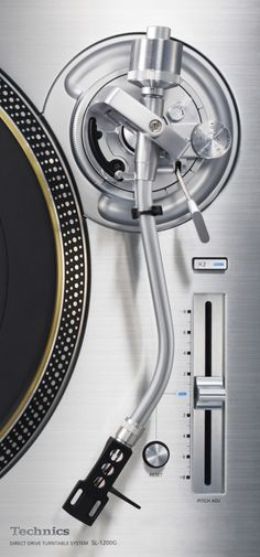 SL-1200G FROM TECHNICS: AN AUDIOPHILE REVIEW Toca Discos Technics, Platine Vinyle Technics, Dj Decks, Technics Turntables, Technics Hifi, Technics Sl 1200, Dj Gear, Dj Booth, Music Images