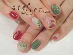 Nails in Christmas colors