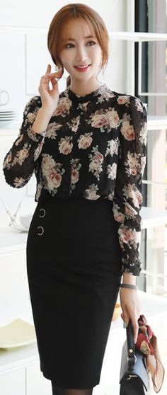 StyleOnme_Double Ring Detail H-Line Skirt #black #pencilskirt #elegant #koreanfashion #kstyle #kfashion #dailylook #falltrend #autumnlook