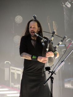 Korn's Jonathan Davis - one of the many reasons I love this band.