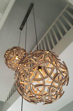 Videlampen in Heemskerk - Lampshapers Sloped Ceiling, Ceiling Lights, Pendant Lighting, Chandelier, Beams, Beautiful Homes, Entrance, Antlers, Stairs
