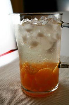 Mandarin oranges, white whine, and 7up. Looks yummy :)