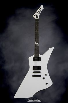 ESP James Hetfield SNAKEBYTE Snow White (Full Body)