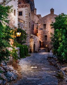 Likes, 34 Comments - Europe Villas, Happy Evening, Voyage Europe, Old Town, Traveling By Yourself, Greece, Travel Destinations, Places To Go, Travel Photography