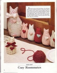 Cats in a row door draft stop Sewing Toys, Sewing Crafts, Sewing Projects, Projects To Try, Cat Crafts, Kids Crafts, Diy And Crafts, Draft Stopper, Cat Quilt