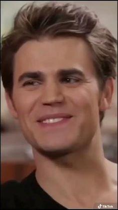 Vampire Diaries Songs, Vampire Diaries Movie, Paul Wesley Vampire Diaries, Damon Salvatore Vampire Diaries, Vampire Diaries Seasons, Vampire Diaries Wallpaper, Vampire Diaries The Originals, Cute Celebrity Guys, Cute Celebrities