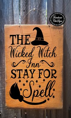 NEW SHABBY CHIC Message Hanging Wall Door Sign Plaque Witch Lives Here Hippie