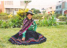 traje tipico de huancavelica peru