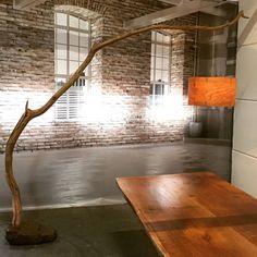 Lampe Arc Lampadaire tanné vieux chêne branche par GBHNatureArt