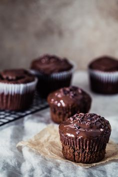Banana bread chocolate muffins | Eat Good 4 Life. Prep time is just 5 minutes. So good...