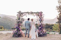 Casamento ao ar livre: Inspirações para decorar o altar da cerimônia | Blog do Casamento http://www.blogdocasamento.com.br/casamento-ao-ar-livre-inspiracoes-para-decorar-o-altar-da-cerimonia/