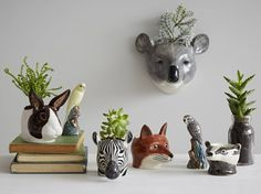 Animal Head Wall Vase: Eclectic Living room by rigby & mac
