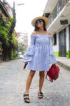 How to wear bell sleeves for a beach holiday