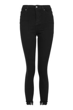 MOTO high rise, ankle grazing skinny jeans in black power stretch denim with fringe hem detail. Style it out with a slogan tee and patterned trainers for an ultra cool look. Jeans Fit, Jeans Style, Black Jeans, Skinny Jeans, Hair Png, Women's Summer Fashion, Perfect Fit, Topshop, Denim