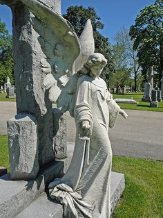 A grave marker at the Bohemian National Cemetary. Cemetery Angels, Cemetery Statues, Cemetery Art, Angels Among Us, Angels And Demons, Old Cemeteries, Graveyards, Steinmetz, I Believe In Angels