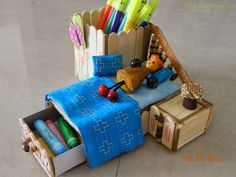 Doll Bed - Pen Stand with popsicle sticks Ice Cream Stick Craft, Diwali Cards, Yellow Crafts, 3d Pen, Popsicle Sticks, 3d Projects, Recycled Crafts, Craft Stick Crafts, Popsicles