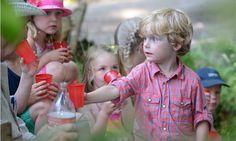 Altijd spannend op met Meneer de Boer op safari te gaan op #FarmCamps #Breehees in #Brabant. Een #glamping met #ponies #kalfjes en je eigen #konijn bij je #safaritent. #HooiHooi Glamping, Kids, Young Children, Boys, Go Glamping, Children, Boy Babies, Child, Kids Part