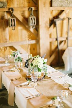 Connecticut Real Wedding | WellWed Magazines | Photography: Daphne and Dean Photography | Reception Site: Allen Hill Tree Farm