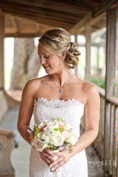 lace bridal, bridal hair, bridal bouquet, roses, wedding detail, gold details, mint details, Dallas photographer, wedding