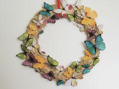 Corona de mariposas. DIY fácil y muy sencillo para esta primavera