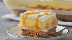Cool, caramel-y and potluck perfect, this is an apple dessert like no other! With layers of oatmeal cookie crust, caramel cream I...