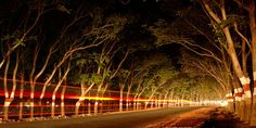"""[Conseils photo] Réalisez un effet """"traînées de lumière"""" sur vos photos:    http://blog.photocite.fr/nos-conseils-photo/realiser-effet-trainees-de-lumiere-photos/"""