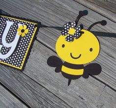 Happy Birthday: Bumble Bee Banner