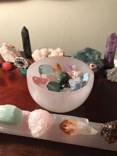 Our new selenite bowl giving some of our smaller crystals a bath (: - Crystals Crystal Room, Crystal Magic, Crystal Altar, Crystals And Gemstones, Stones And Crystals, Bath Crystals, Crystal Aesthetic, Crystal Healing Stones, Witch Aesthetic