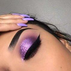 colorful makeup looks Best Eyeshadow Colors for Hazel Eyes Purple Makeup Looks, Purple Eye Makeup, Makeup Eye Looks, Eye Makeup Art, Colorful Eye Makeup, Cute Makeup, Colorful Eyeshadow, Purple Eyeshadow Looks, Gorgeous Makeup