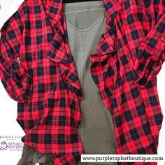 A perfect festive outfit! #paisleyraye #paisleyrayeshacket #paisleyrayetuliptee #ootd