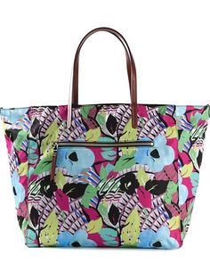 Shop Etro floral print tote in Yusty from the world's best independent boutiques at farfetch.com. Over 1000 designers from 300 boutiques in one website.