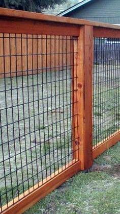 25 Best Cheap Backyard Fencing Ideas for dogs 9 - HomeDeCraft backyard design diy ideas Front Yard Fence, Diy Fence, Backyard Fences, Garden Fencing, Backyard Landscaping, Farm Fence, Landscaping Ideas, Backyard Designs, Garden Bed