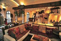 Mariposa México está situada en el centro de San Miguel de Allende sobre Callejón Blanco, uno de las más prestigiados zonas del centro de la ciudad. Es una casa muy hermosa, que ha sido profesionalmente decorada ...