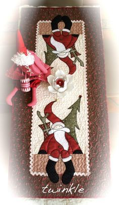 tablerunner--would be adorable in wools too!