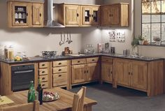 Discover our true solid wood kitchens sharing place - Decoration For Home Lake House Kitchen, Kitchen Cabinet Design, Home Decor Kitchen, Home Kitchens, Modern Wood Kitchen, Kitchen Cabinet Styles, Solid Wood Kitchens, Kitchen Places, Framed Kitchen Cabinets