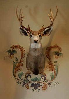 Hunting decor- Unique decorative wall art - stenciling the walls around the mount!!