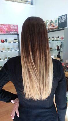 Straight ombre hair tye and dye blonde, dark brown to blonde balayage, blonde ombre Straight Ombre Hair, Blond Ombre, Red Ombre, Long Ombre Hair, Dark Brown To Blonde Balayage, Ombre Color, Hair Colour, Blonde Ends Dark Roots, Ombre On Brown Hair