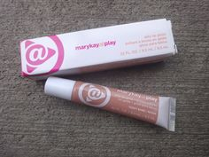 Mary Kay At Play Jelly Lip Gloss in Teddy Bare $1.00