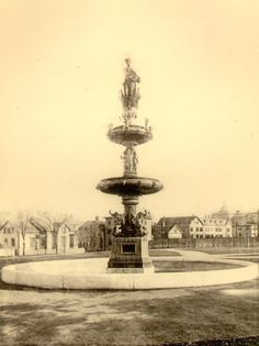 Hayward fountain: Legend says that if you make a wish, you will dream of your true love!