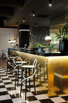 Remarkable And Memorable Restaurant Interior Designs   Bars ...
