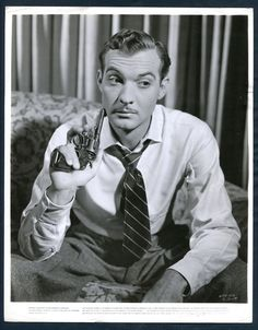 ZACHARY SCOTT (1940s) GUN | Entertainment Memorabilia, Movie Memorabilia, Photographs | eBay!