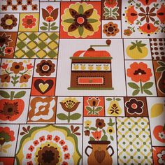 Vintage 1970s Wallpaper - Apples And Pears Kitchen - Price per yard. $23.00, via Etsy.