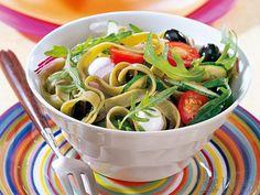 Grüner Nudelsalat italienische Art