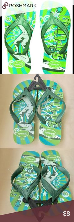 🕶NWT Havianas Kids Surf Flip Flops 🕶Brand new with tags Havianas Kids Surf Flip Flops. Awesome flip flops for the spring and summer!! Size 4/5 USA. Havaianas Shoes Sandals & Flip Flops