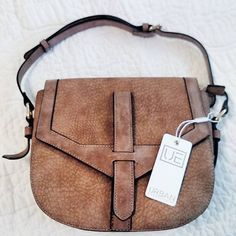 """11 Likes, 4 Comments - lindsay strock (@compassionatestyle) on Instagram: """"New bag for fall #urbanexpressionshandbags #veganleather #veganapproved #supportveganfashion…"""""""
