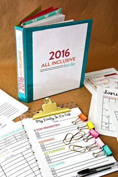 Kick off the new year more organized than ever with this 2016 All-Inclusive Binder from Thirty Handmade Days. Just grab your favorite Avery Binder and start customizing. You'll have 2016 in order in no time. Organisation Hacks, Binder Organization, Organization Station, To Do Planner, Family Planner, Planner Tips, Life Planner, Planners, Life Binder