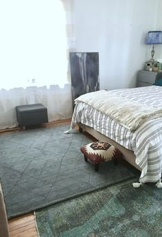 Ever tried layering your rugs? It instantly creates depth, interesting texture and bold use of pattern. Bedroom Bed, White Bedroom, Home Decor Bedroom, Master Bedroom, Space Interiors, Apartment Interior, Apartment Therapy, Habitats, Interior Architecture