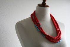 love this red felt necklace