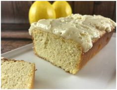 I am in love with this Low Carb Lemon Pound Cake Keto Friendly Recipe! Seriously, it's hard to tell it's low carb when you compare it to the regular flour based … Low Carb Desserts, Low Carb Recipes, Diabetic Desserts, Primal Recipes, Diabetic Recipes, Healthy Recipes, Keto Cake, Pound Cake Recipes, Bread Recipes